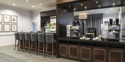Arden-Suite-Bar-&-Coffee-Station