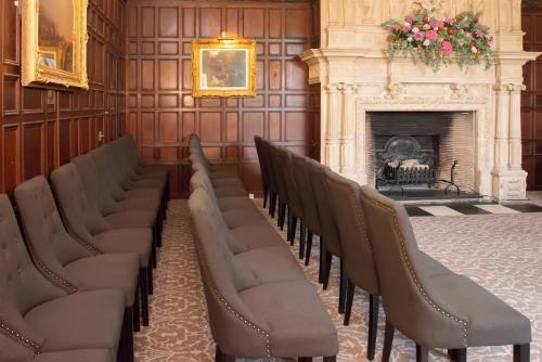 Wedding rows in Bristol room.
